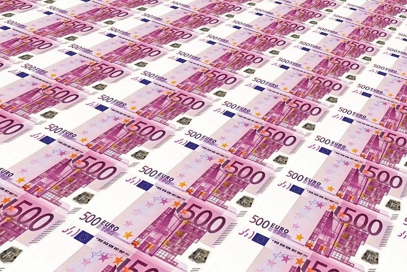euro money glut 432688 960 720
