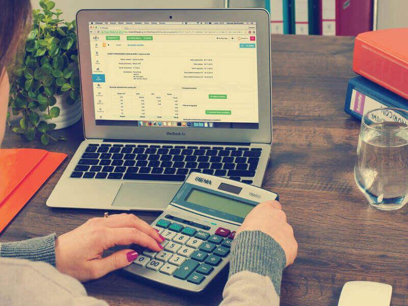 Podjetjem prijazen in zaupanja vreden računovodski servis