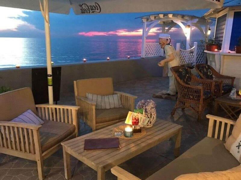 Restavracija v najlepsem obalnem mestu 1