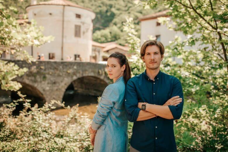 Kmalu originalna slovenska serija z neoriginalnim naslovom Najini mostovi