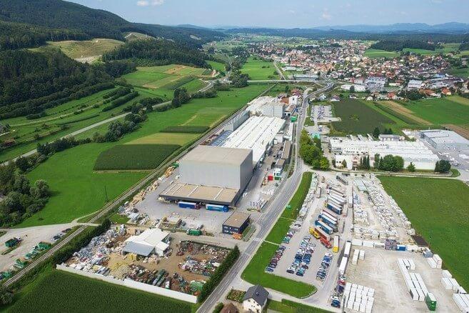 Nova vlaganja v industrijski coni v Trebnjem in v Metliki