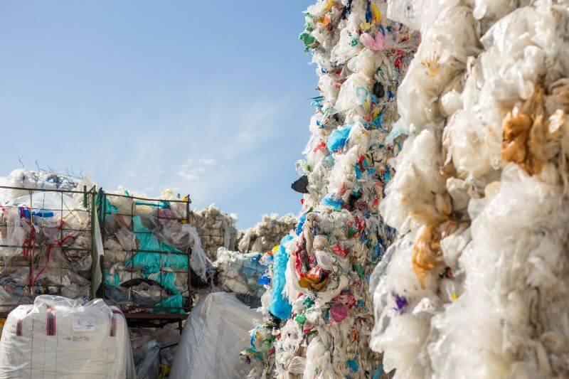 EKSKLUZIVNO Z Urško Zgojznik o ekoloških akcijah plastiki in globalni podnebni krizi 3