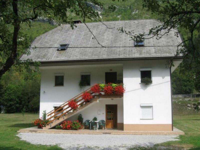 Apartma v idilični vasici Soča