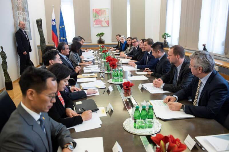 Slovenija modro povečuje gospodarske stike s Kitajsko