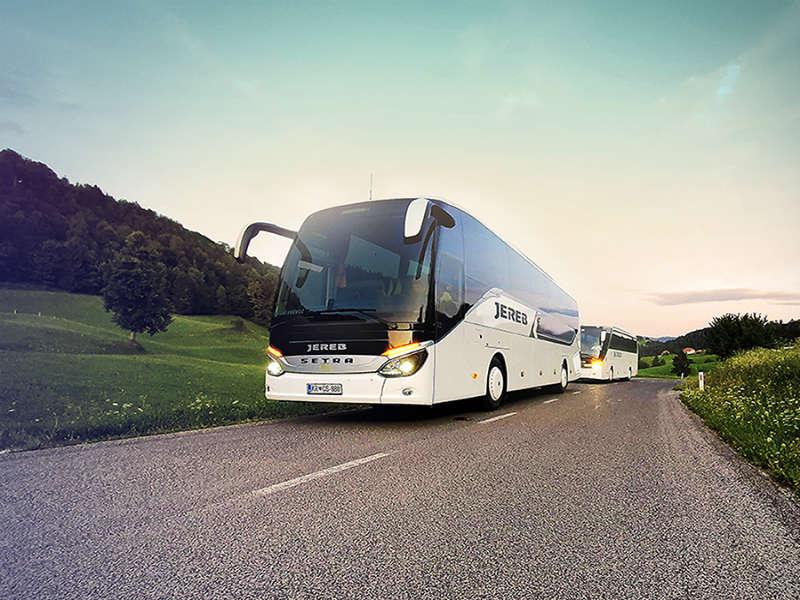Do izbrane destinacije z avtobusnimi prevozi JEREB