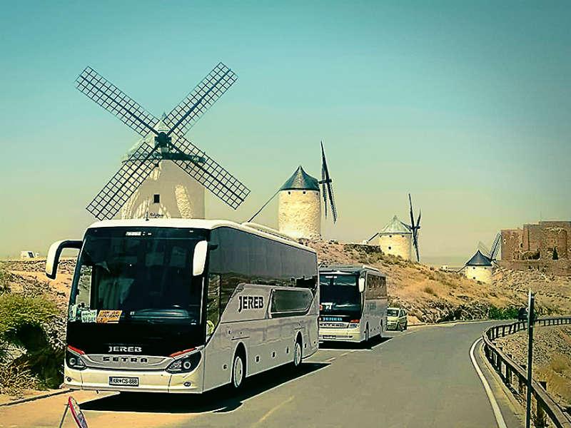 Do izbrane destinacije z avtobusnimi prevozi JEREB 1