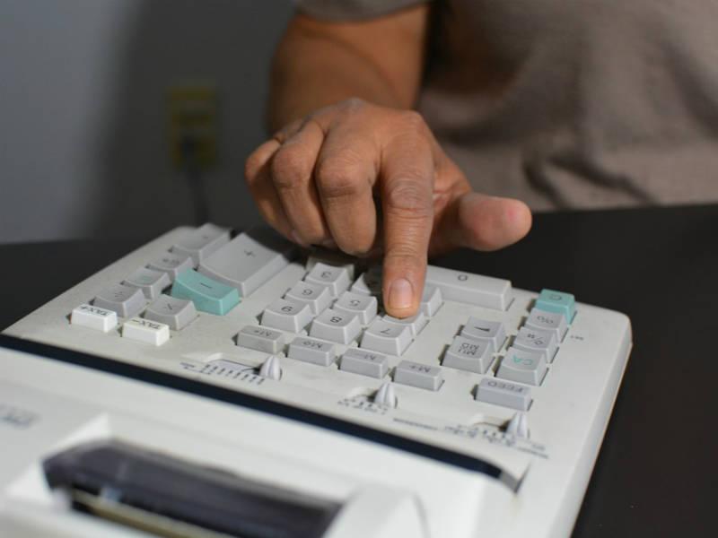 Podjetje Veldrona specialisti za računovodske in računalniške storitve