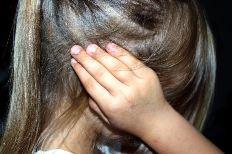 Pandemija povzroča porast nasilja v družinah
