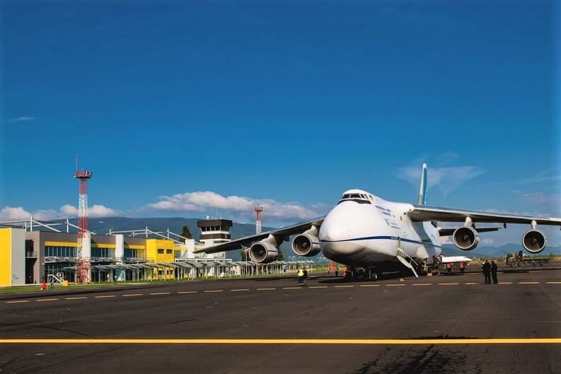 Po svet je v letalstvu je ogroženih kar 25 milijonov delovnih mest