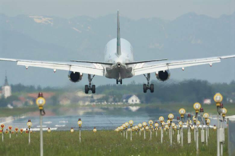 Novosti v letalskem in železniškem potniškem prometu