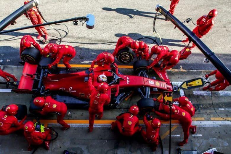 Vettel v prihodnji sezoni ne bo vozil za rdeče morda za rumene ali oranžne