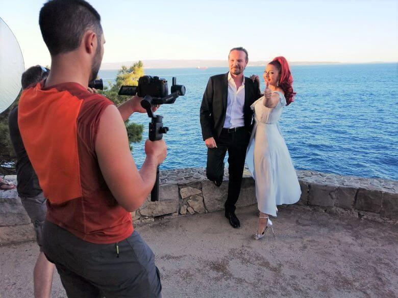 EKSKLUZIVNO Klapa Šufit z 32 milijoni ogledi in z novim videom s Tanjo Žagar 1