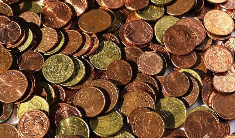 Covid 19 še naprej lepo prazni državni proračun in vse ostale blagajne