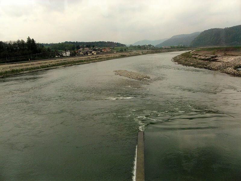 Dva nova projekta proti onesnaženju slovenskih voda