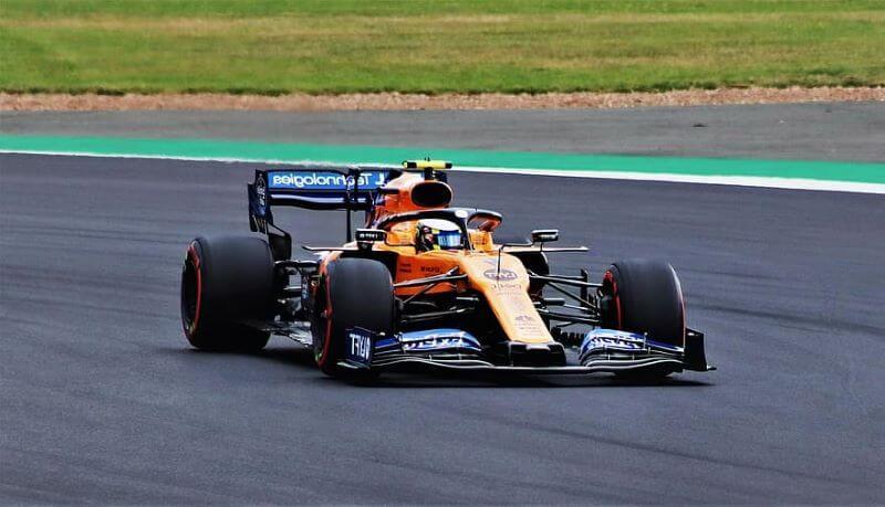 Koledar sezone v Formuli 1 se je že spremenil podobno se obeta SP v motociklizmu