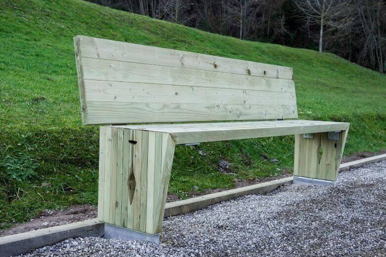 Novo življenje lesa ali trajnostni projekt Lesni feniks