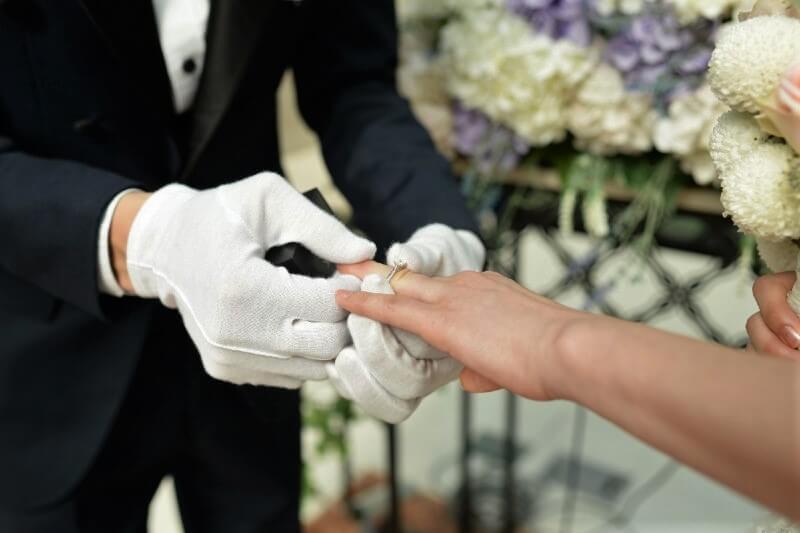 Poroke so spet dovoljene a to sploh niso prave poroke