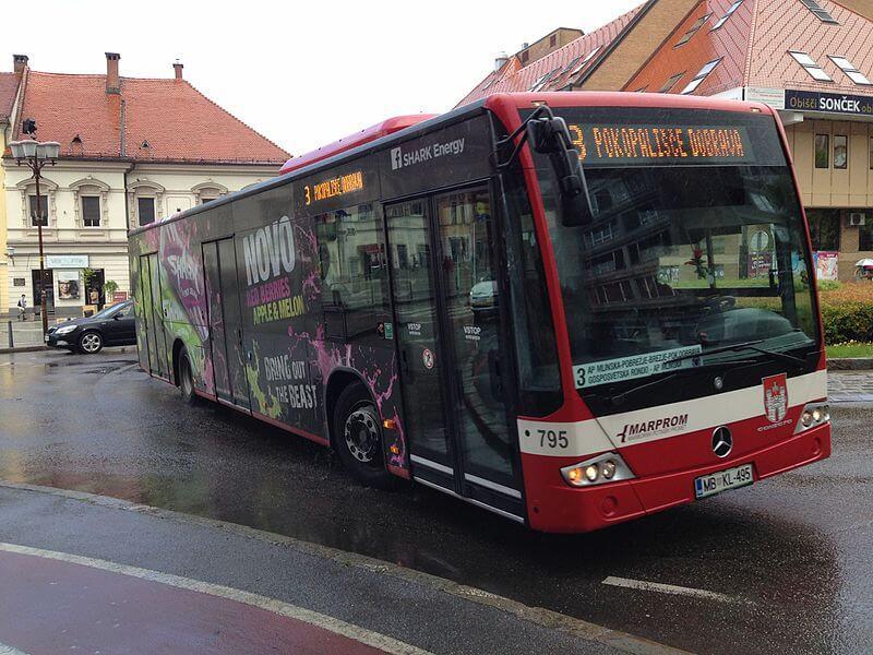 Sprostili so avtobusni promet spodbujajo pa hojo in kolesarjenje