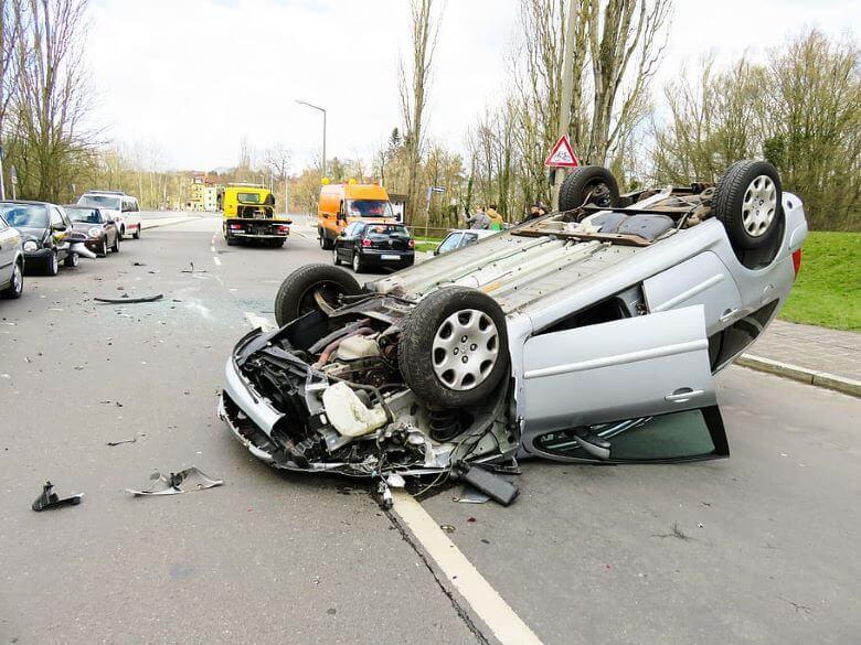 Policija išče očividce prometnih nesreč