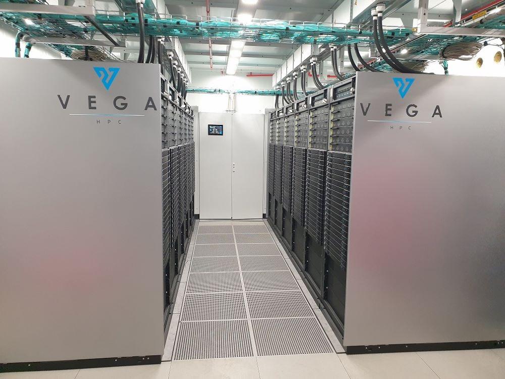 V Mariboru bodo aprila zagnali superračunalnik Vega