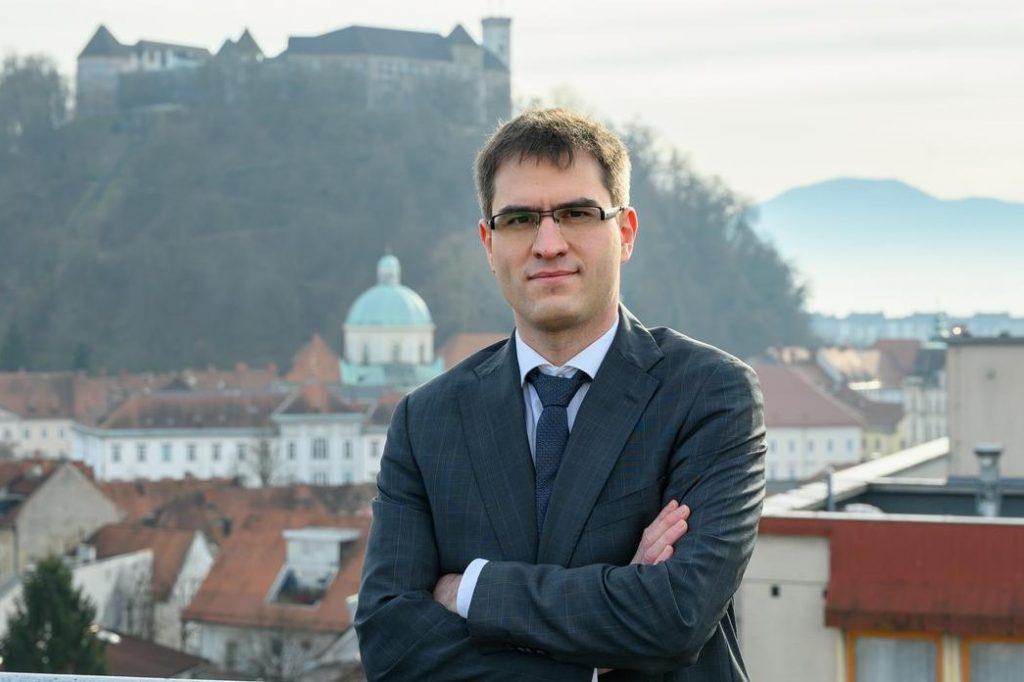 Finančni pravnik Andrej Grah Whatmough je novi šef RTV Slovenija