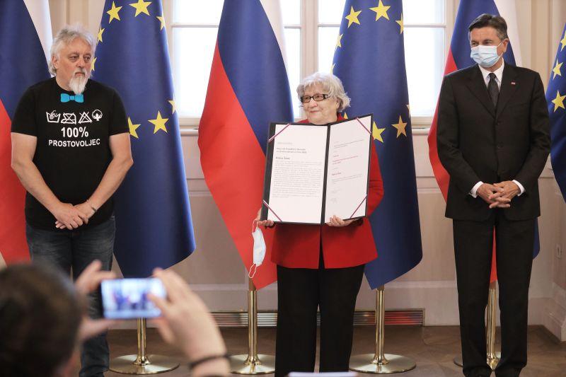 Državna nagrada in priznanja za prostovoljstvo v lanskem letu