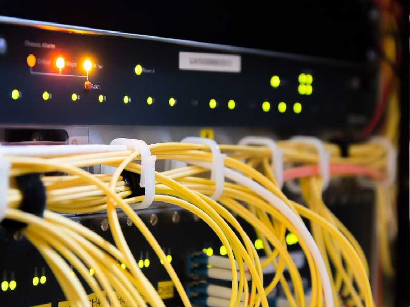 Prepustite strokovnjakom izvedbo vseh elektoinštalacijskih storitev....(foto: pixabay.com)