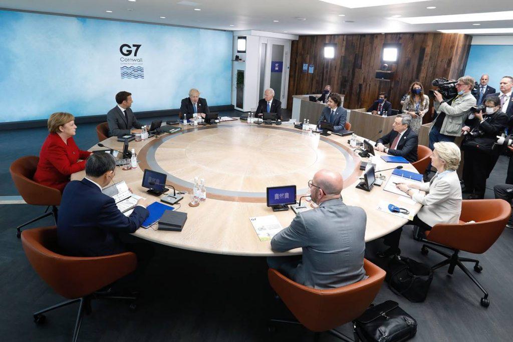 Bruselj je hkrati gostil srečanje EU-Kanada in vrh zveze NATO