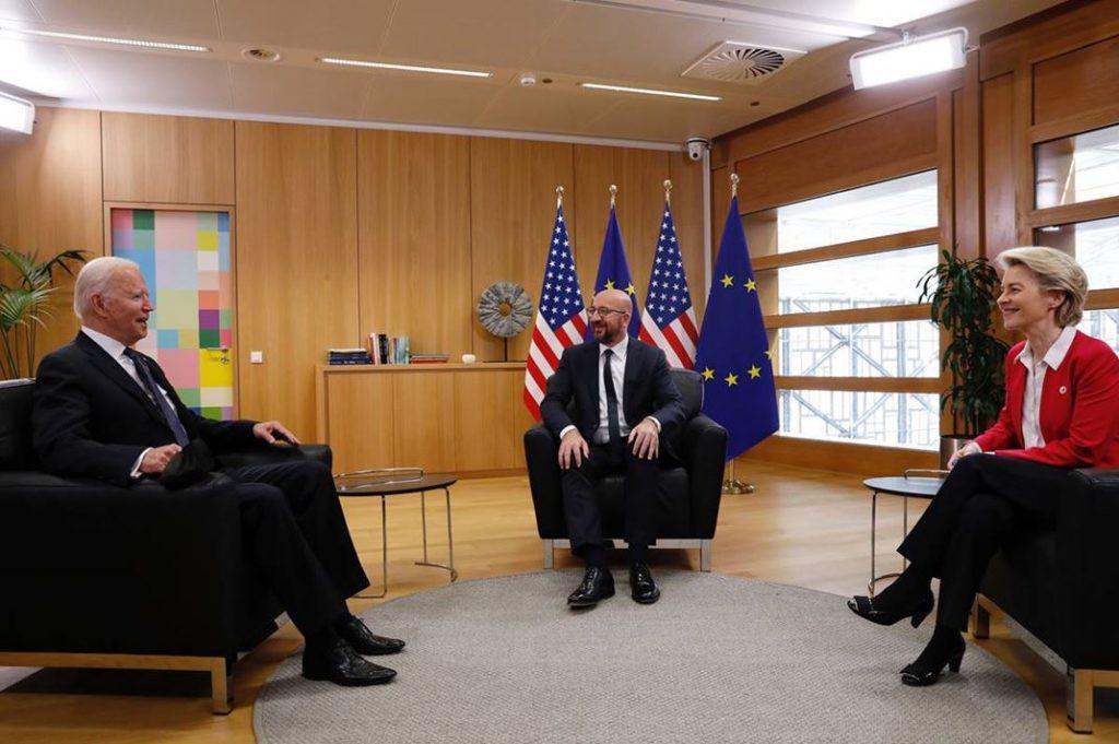 Na vrhu EU-ZDA so sanirali škodljive politike Donalda Trumpa