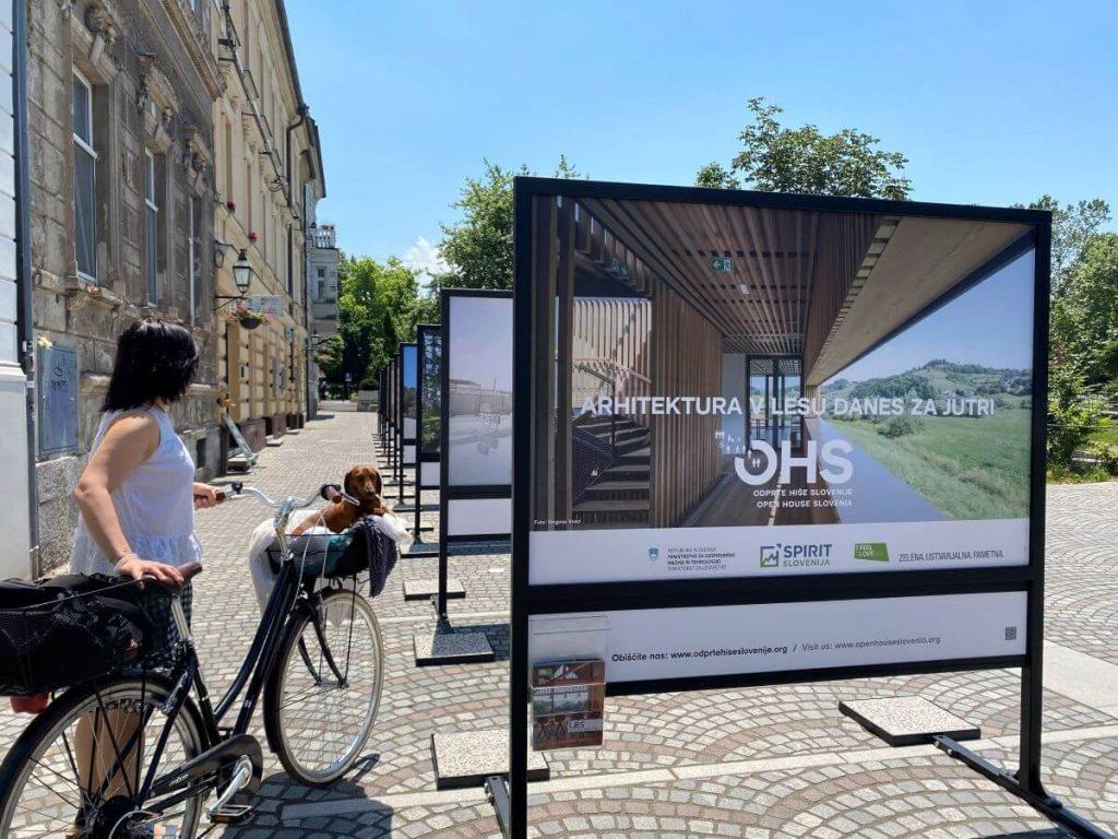 Promocija uporabe slovenskega lesa prek dveh razstav