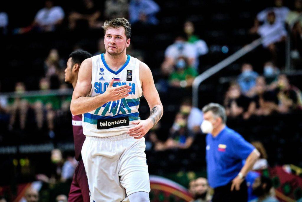 Slovenija brusi formo za olimpijski uvod proti Argentini