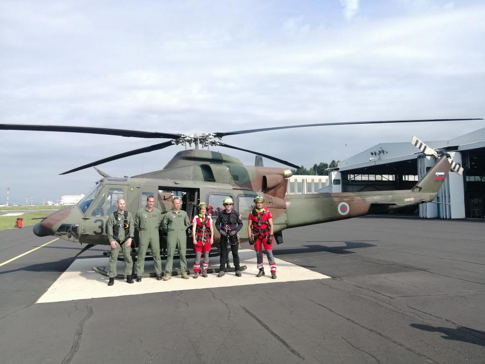 Junija so s helikopterji pomagali 79 ljudem