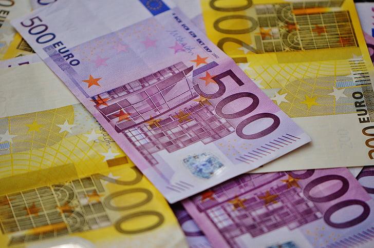 Slovenija je včeraj dodatno izdala obveznico RS86