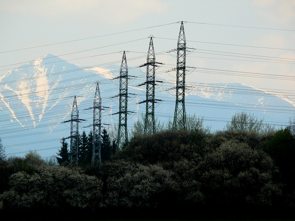 Skokovito naraščanje cen energije skrbi marsikoga v EU
